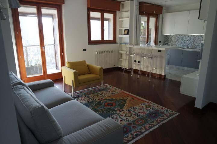 Bright, quiet and modern apartment in Navigli area