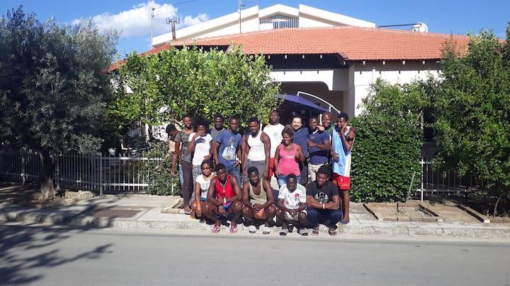 Costas Hostel Action