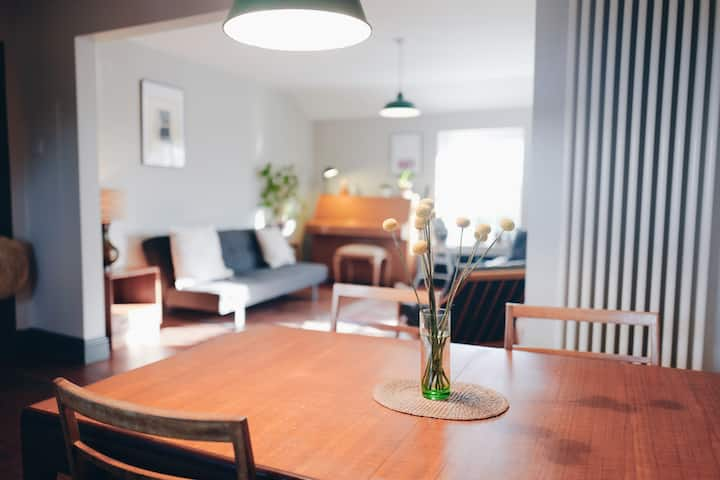 Beautifully curated 3 bed apartment in Portobello.