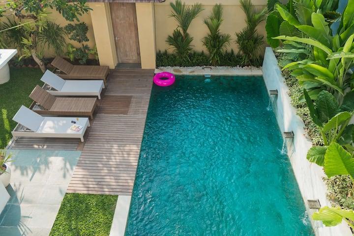 3BR Pool Villa Seminyak Petitenget - NEW