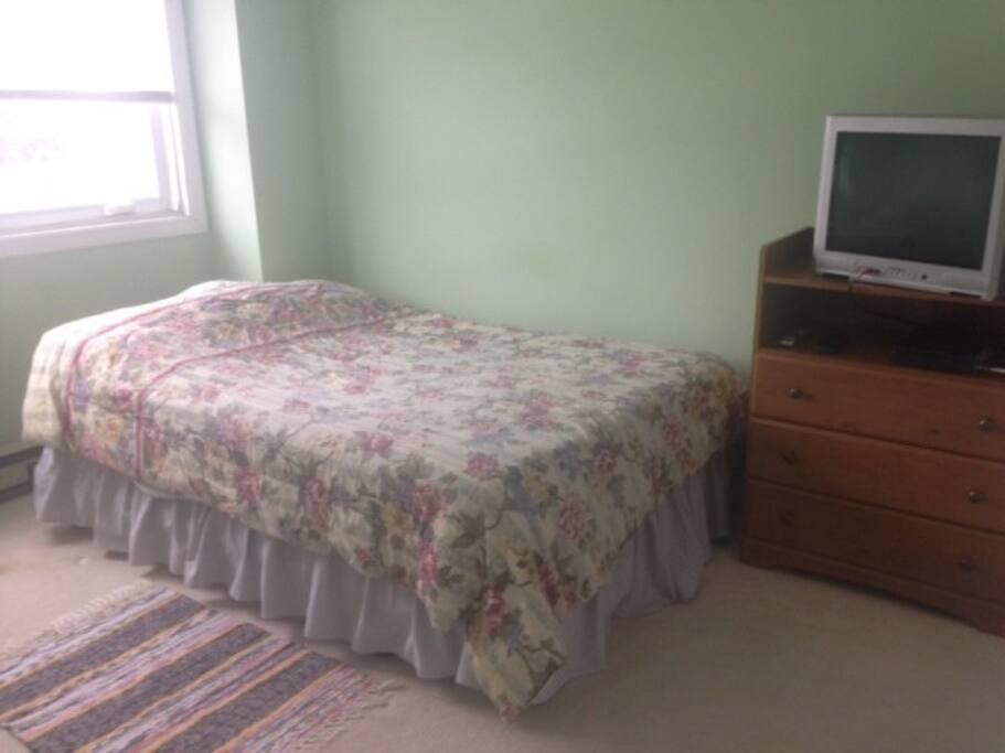 bedroom - TV has been removed