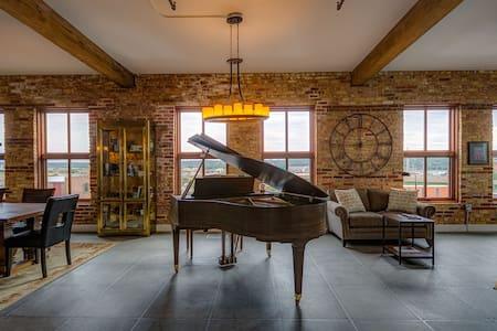 Bridgeview Penthouse-Novelty Lofts - Dubuque