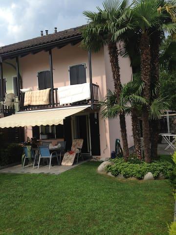 Ferienhaus Ticino - Losone - Casa adossada