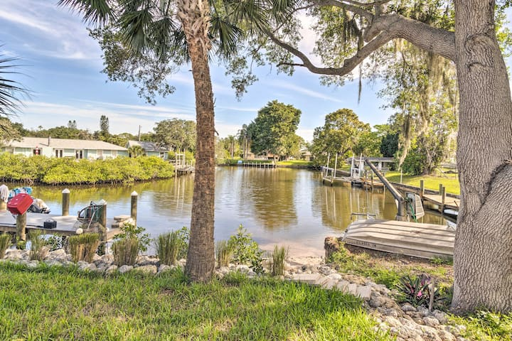 NEW! Modern Canalfront Studio Near Nokomis Beach!