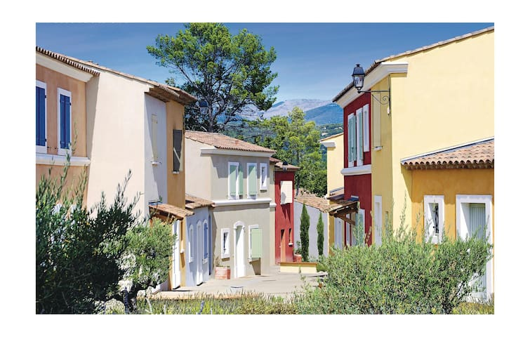 Semi-Detached with 2 bedrooms on 52 m² in Fayence