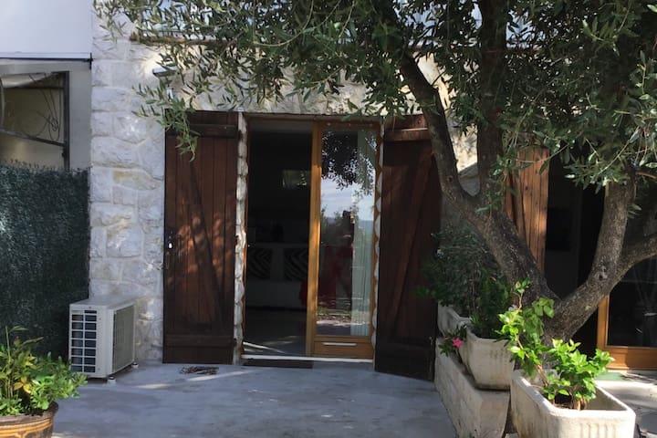 Cosy studio à Saint Paul de Vence