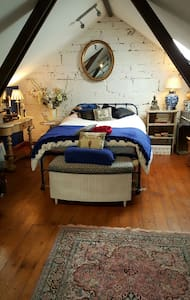 Beautiful, large double room. - Casa