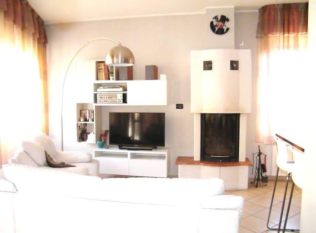 Appartamento 4 posti letto con terrazzo/solarium.