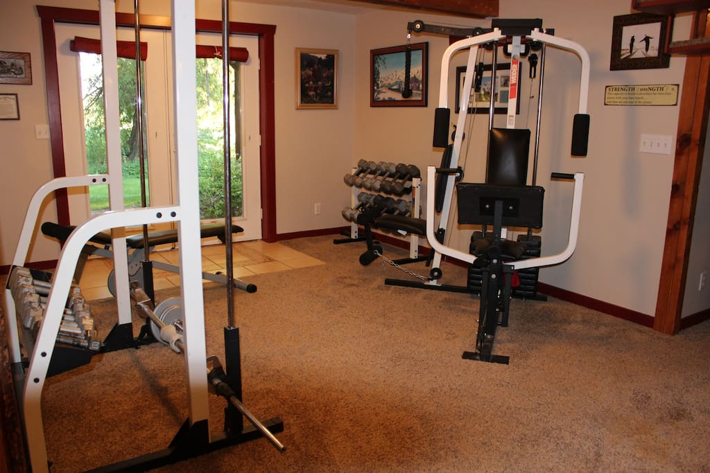 Exercise and weight lifting equipment available for use