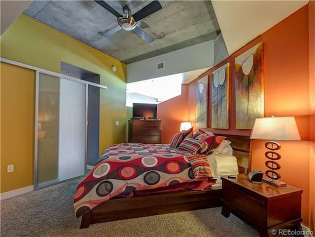 Spot in the heart of the city! - Denver - Daire