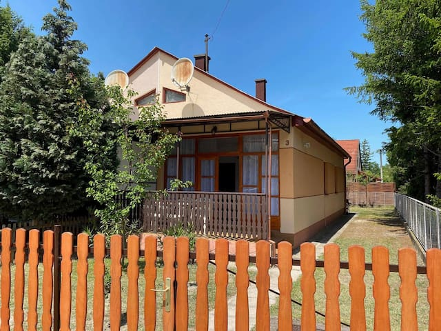 house for 4+1 persons - dog welcome R17106