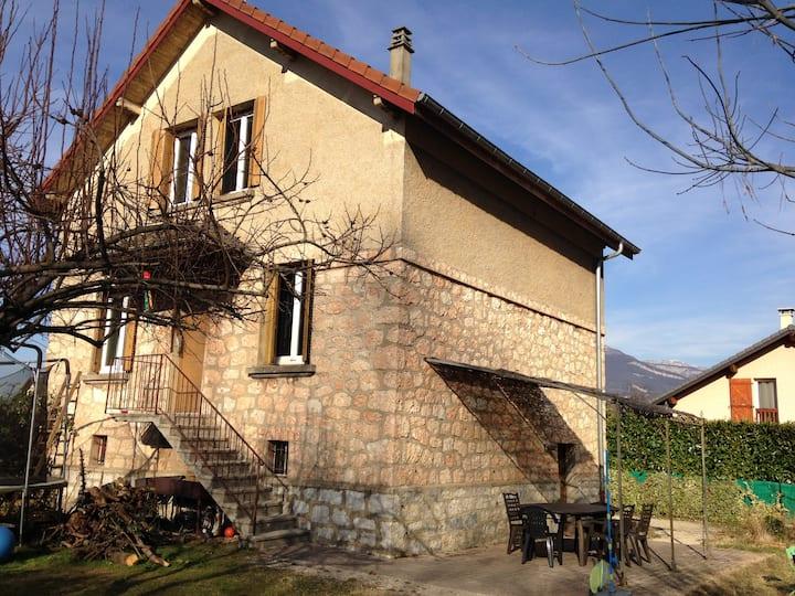 Maison familiale 140m², Chambéry, 9 pers