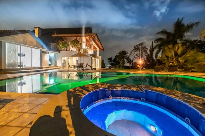 Luxury Dream Mansion Medellin