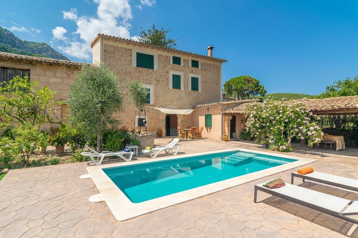 VILLA FRONTERA - Villa with private pool and views to the mountains in Soller Free WiFi