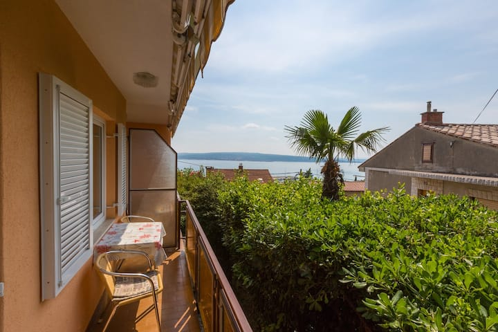 25 m² apartment for 2 people - 300m from the beach