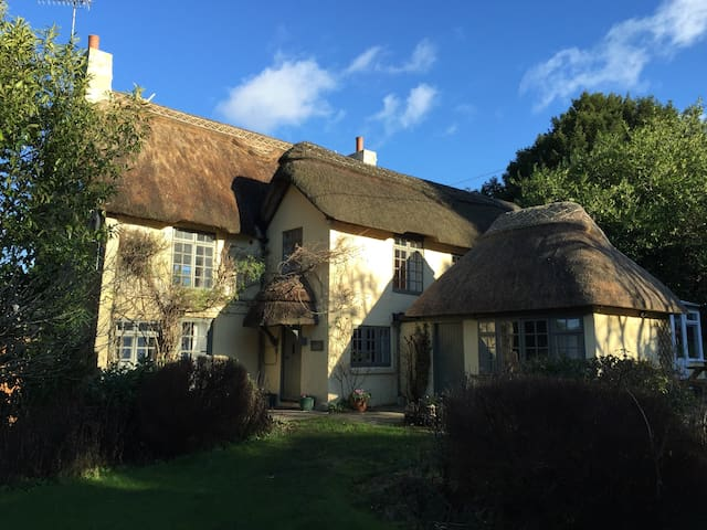 Beck Cottage, Wood Green,  New Forest UK - Hampshire - House