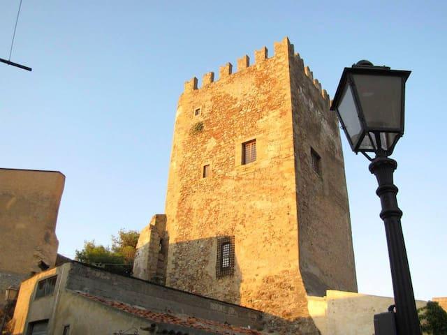 CASA SOTTO LE MURA - CENTRO STORICO