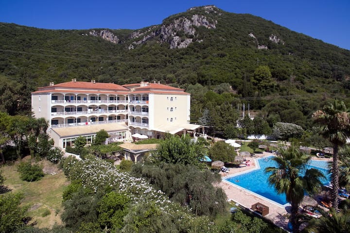 Double Room with Breakfast MV, Corfu Senses Resort