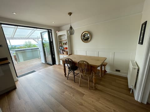 Detached house with stunning views over Exeter