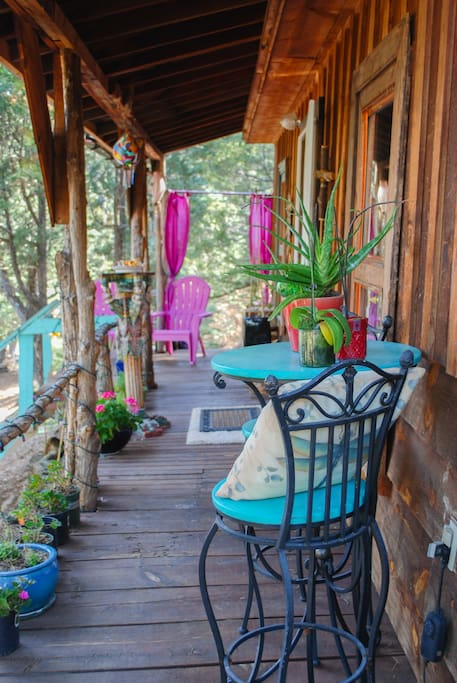 Front deck and entrance to Jewelz of Taos Cabin
