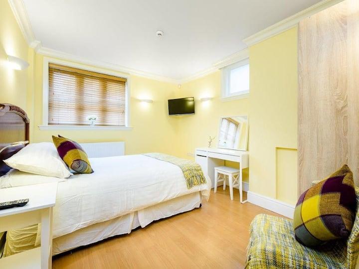 Superior Apartment - Double bed - Ensuite Bathroom