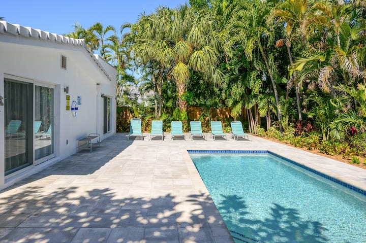 New Listing! Designer Pool Home, 1 Block to Beach