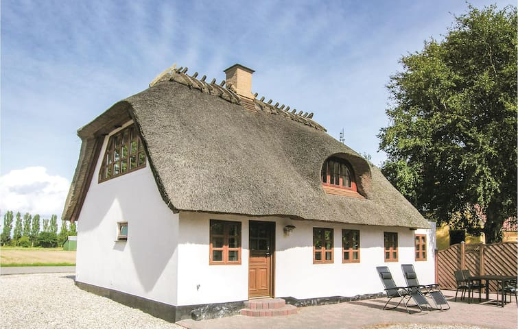 Holiday cottage with 3 bedrooms on 113m² in Bagenkop