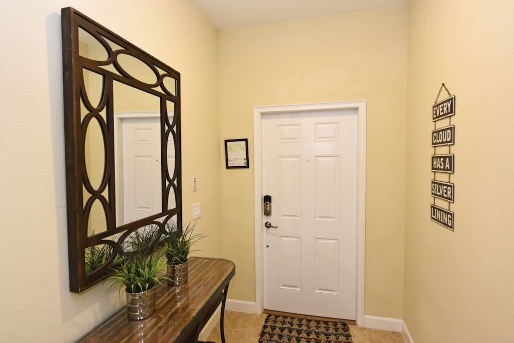 Indoors,Room,Dining Room,Furniture,Table