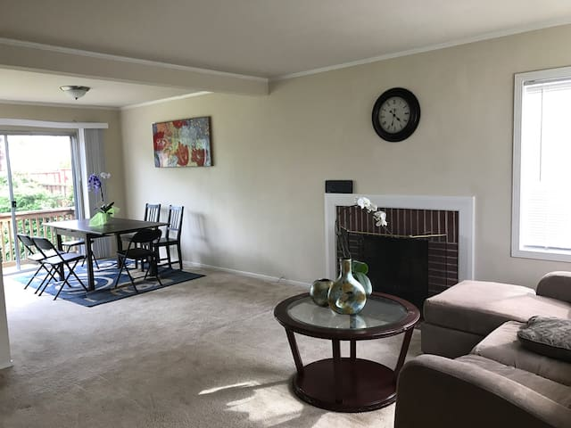 3bd single family house near SFO - South San Francisco - Huis
