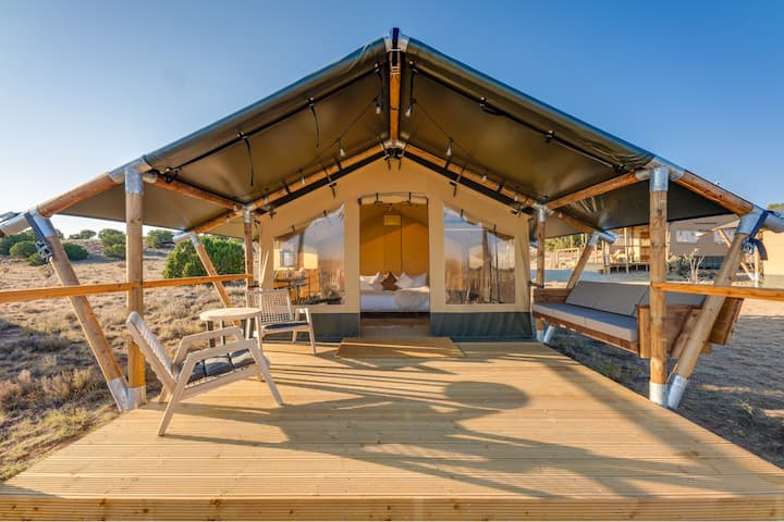 High Desert Glamping @staykitox. 20 min from SF:A1