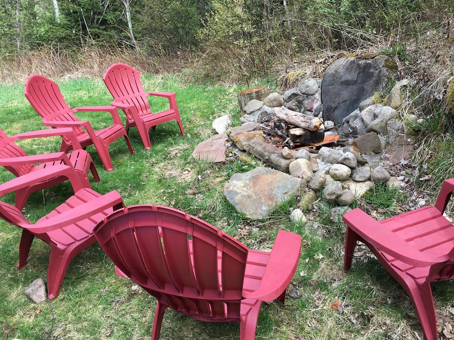 Fire pit and grill for outdoor meals!