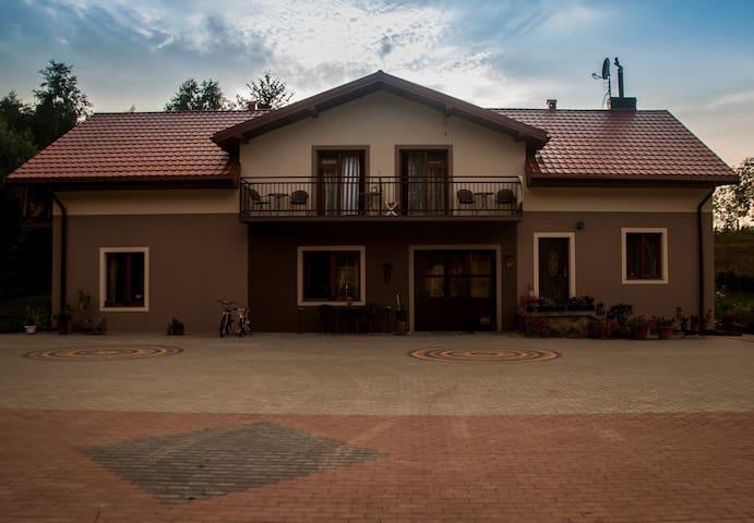pokoje 2-osobowe w nowym pensjonacie - Lomza - Apartment
