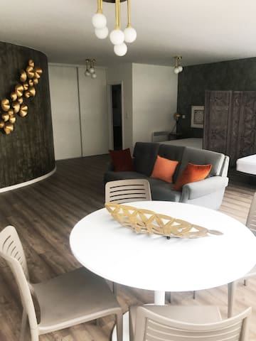 Porto Downtown Luxury Studio