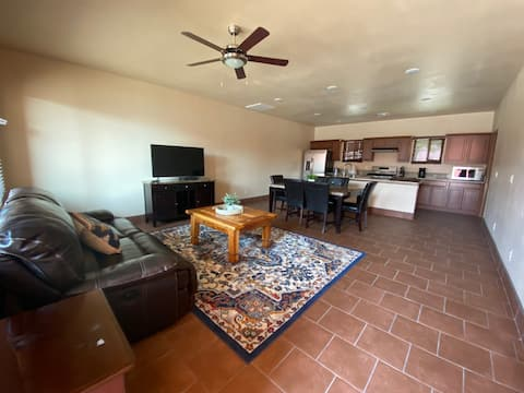 Modern Townhome in Quiet Mesilla