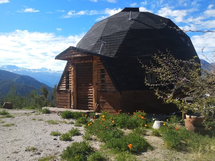 Dome with an AMAZING view. Domo Cajon del Maipo