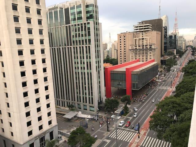 Studio Moderno na Avenida  Paulista .