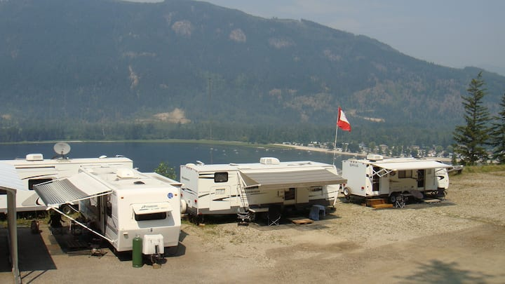 Sicamous Home with a View Unit #4