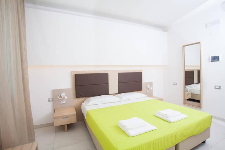 Double room in Country-House B&B in Termoli (8)