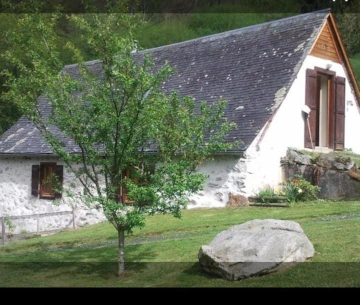 Grange rénovée vue sur la montagne