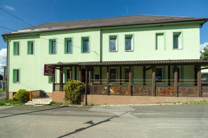 Nádherné ubytovanie s výhľadom na Tatry/ izba 2