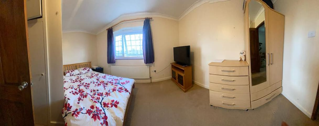Excilent double room for couple/female only