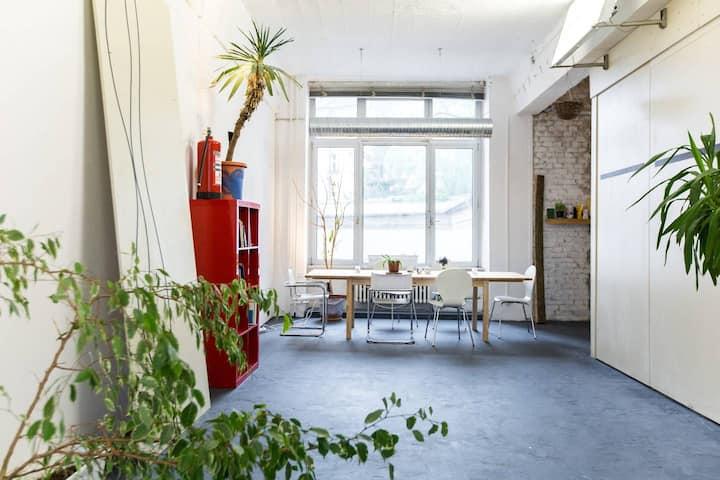 200 m² LOFT - en el rio Spree