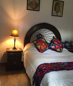 Lovely room in Historical  Coyoacan