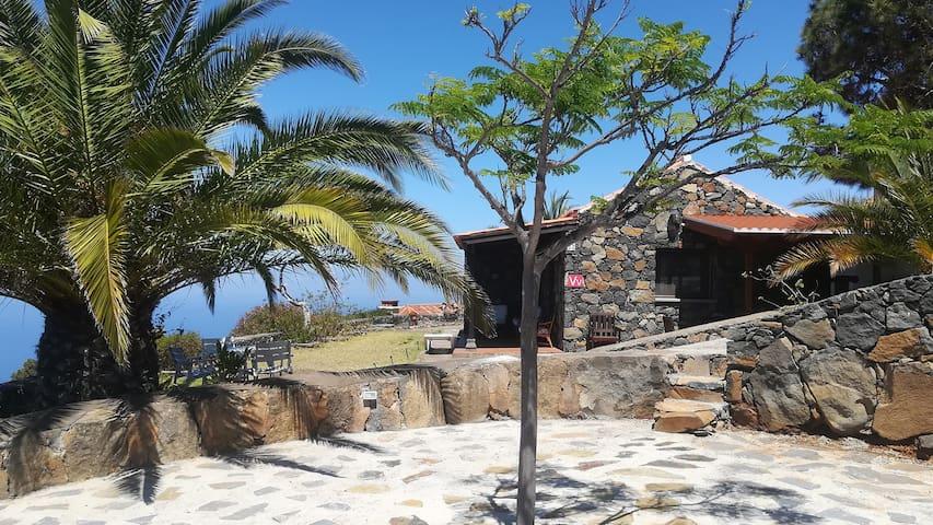 Acogedora casita rural tradicional