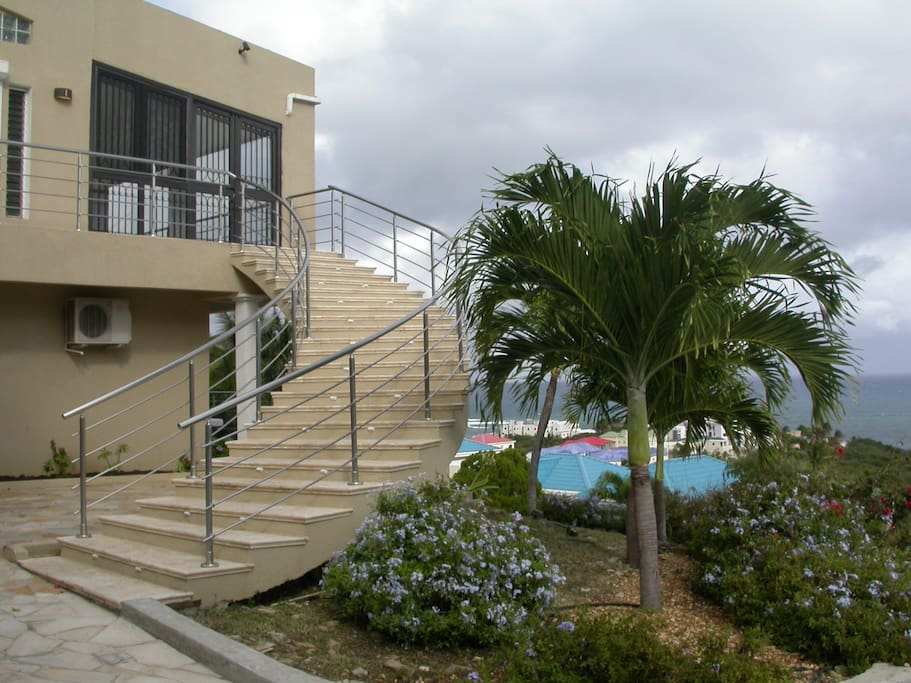 Staircase to main entrance of Oasis Retreat