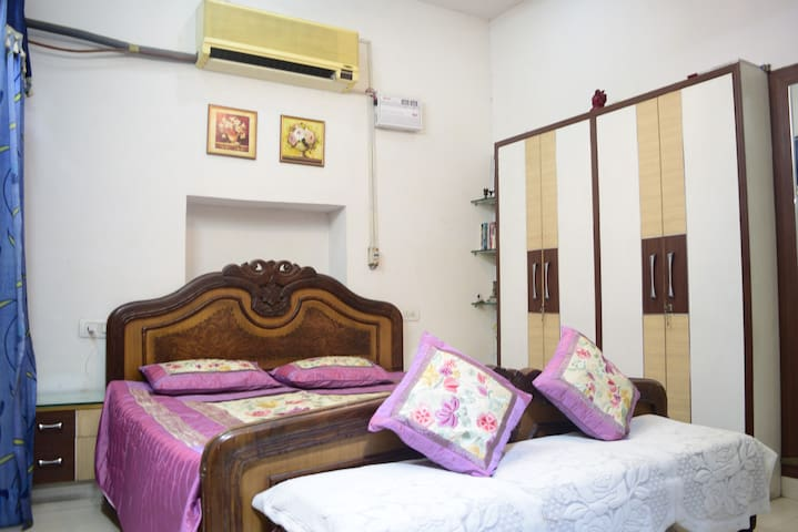 2 or 3 rooms for large group - All with Bath/Ac