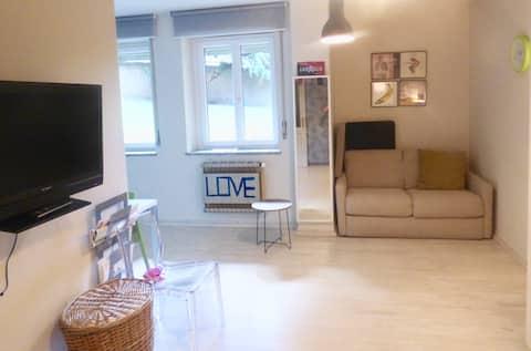 Artistic chic studio in the center