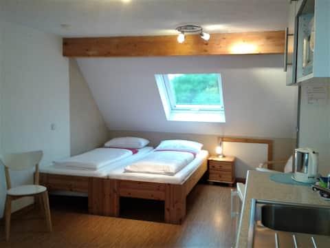 1-room-flat in cozy top floor