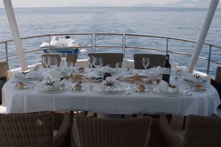 "Segelyacht ""Summerset"" 32m, All inclusive Service. - Kilada - Boat"