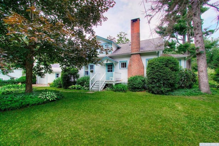 Great Family Vacation Home in Copake Falls